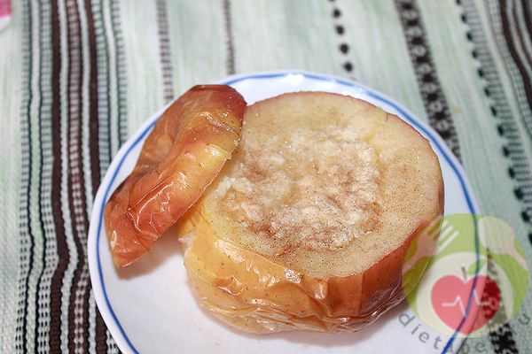 рецепт запекания яблок с творогом - блюдо при колите