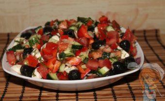 Греческий салат без мяса